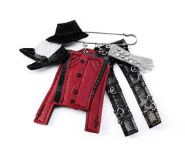 Brooch Jacko red
